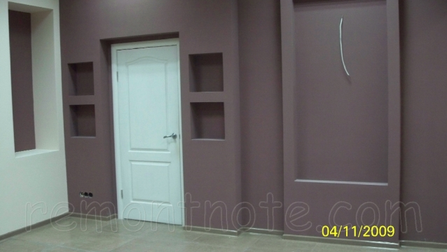 Полки и ниши из гипсокартона фото, покрашенные в два цвета